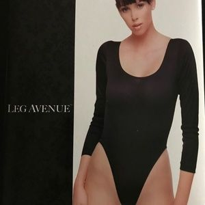 Opaque Bodysuit with long sleeves